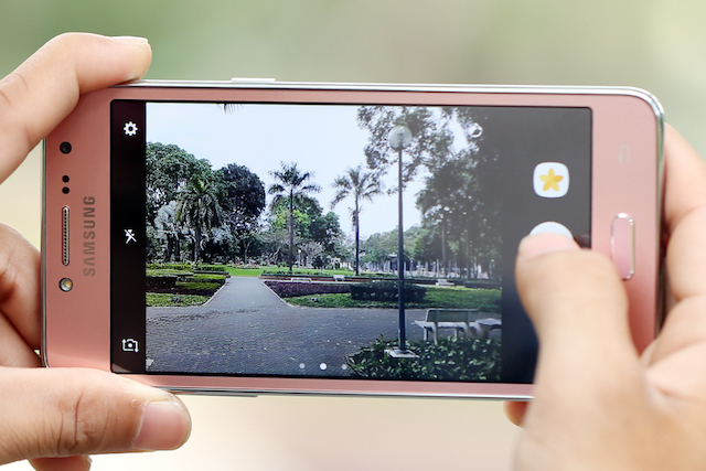 Điện thoại Samsung Galaxy J2 Prime (Gold)