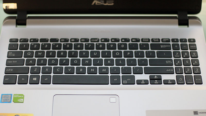 Asus Vivobook X507UF
